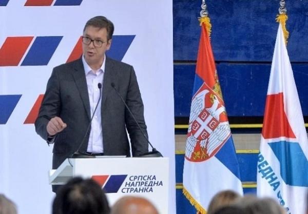 Danas: Za cepanje plakata sa Vučićevim likom kazna 10.000