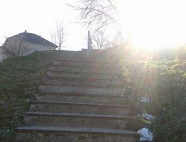 Problem stepeništa bez gelendera biće rešen do kraja sedmice