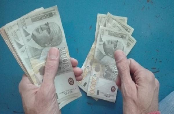 Isplata redovne i privremene novčane naknade za oktobar