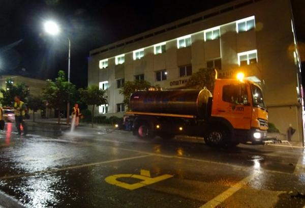 Noćno pranje ulica