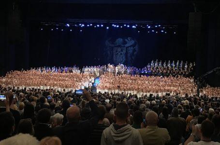 """Hor OŠ """"Kralj Aleksandar I"""" na svečanoj akademiji povodom osam vekova autokefalnosti SPC"""