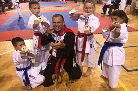 "Tri zlata i bronza na ""Beogradskom pobedniku"" za karate klub ""Milanovac"""