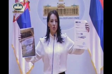 Tepić pita Vučića i Stefanovića: Kako je moguće da oružje firme GIM stoji u skladištu MUP-a na Avali