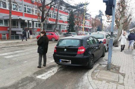 Čitaoci reporteri: Kralj bahatog parkiranja