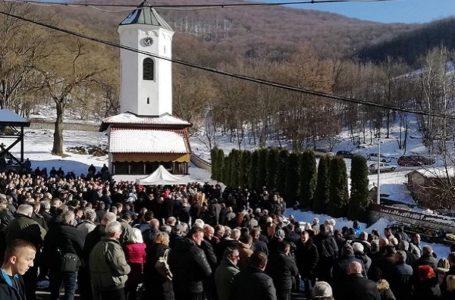 Iguman Jovan Nikitović sahranjen u porti manastira Vujan