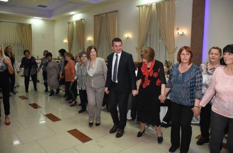 OO SNS: Udruženje penzionera podržalo Srpsku naprednu stranku