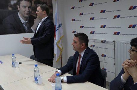 Nikola Selaković član predsedništva Srpske napredne stranke posetio juče OO SNS u G. Milanovcu