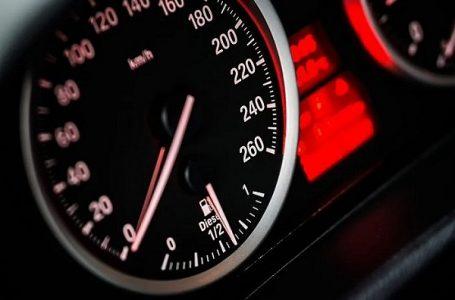Na auto-putu kod Takova vozio 231 km/h