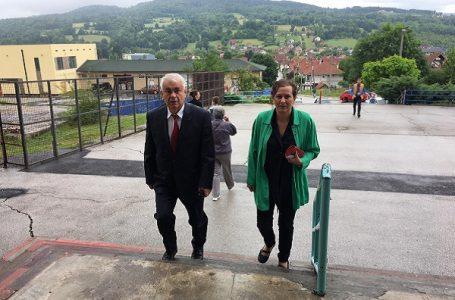 Glasao i Carević