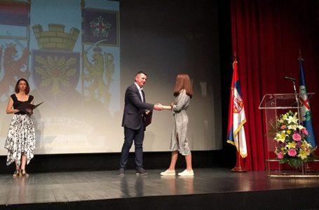 Nagrađeni najbolji učenici opštine Gornji Milanovac