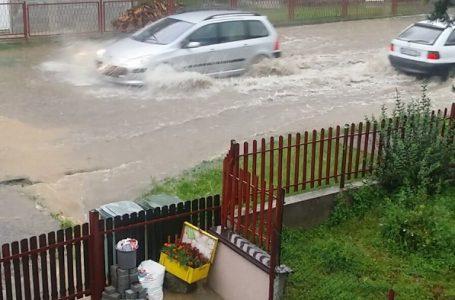Pisma čitalaca: Poplava nakon svake kiše u Drinčićevoj 26