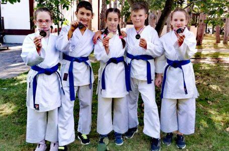 "Pet medalja za takmičare KK""Do Kan"" na Kupu regiona"