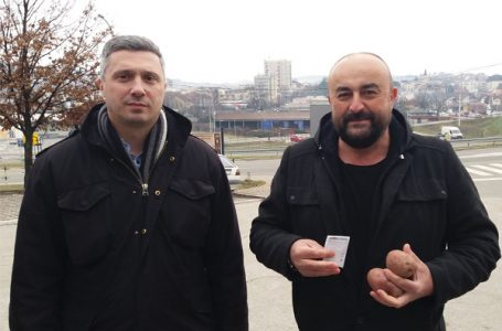 Dveri u GM: Slobodan seljak je opasan po režim, zato se naš krompir baca