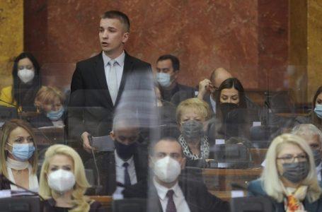 """""""Ono što Đoković radi na polju svetskog tenisa, to Vi, ministarka, radite na polju zaštite životne"""""""