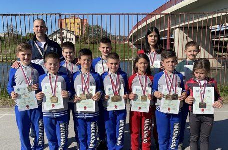 """""""Zlatni pojas"""" – Karatisti """"Milanovca"""" osvojili 12 medalja"""