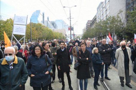 Kristina Milošević: U ovako uzurpiranoj zemlji, građani prave promene, a nešaka političara iza zatvorenih vrata